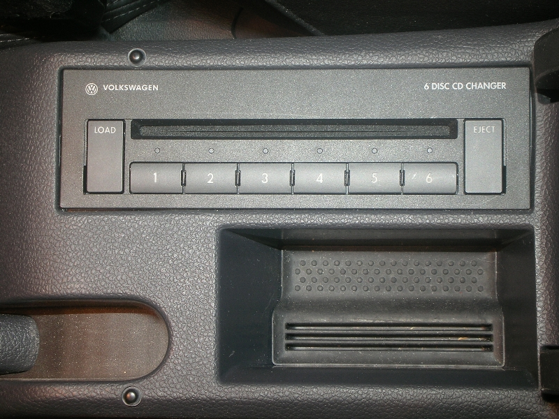 MFD2 with AUX button but no Input? - VW GTI Forum / VW