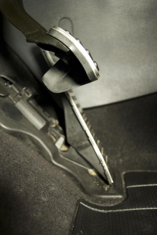 Pedal Extensions For Heel  Toe Shifting   Vw Rabbit Forum    Vw R32 Forum    Vw Golf